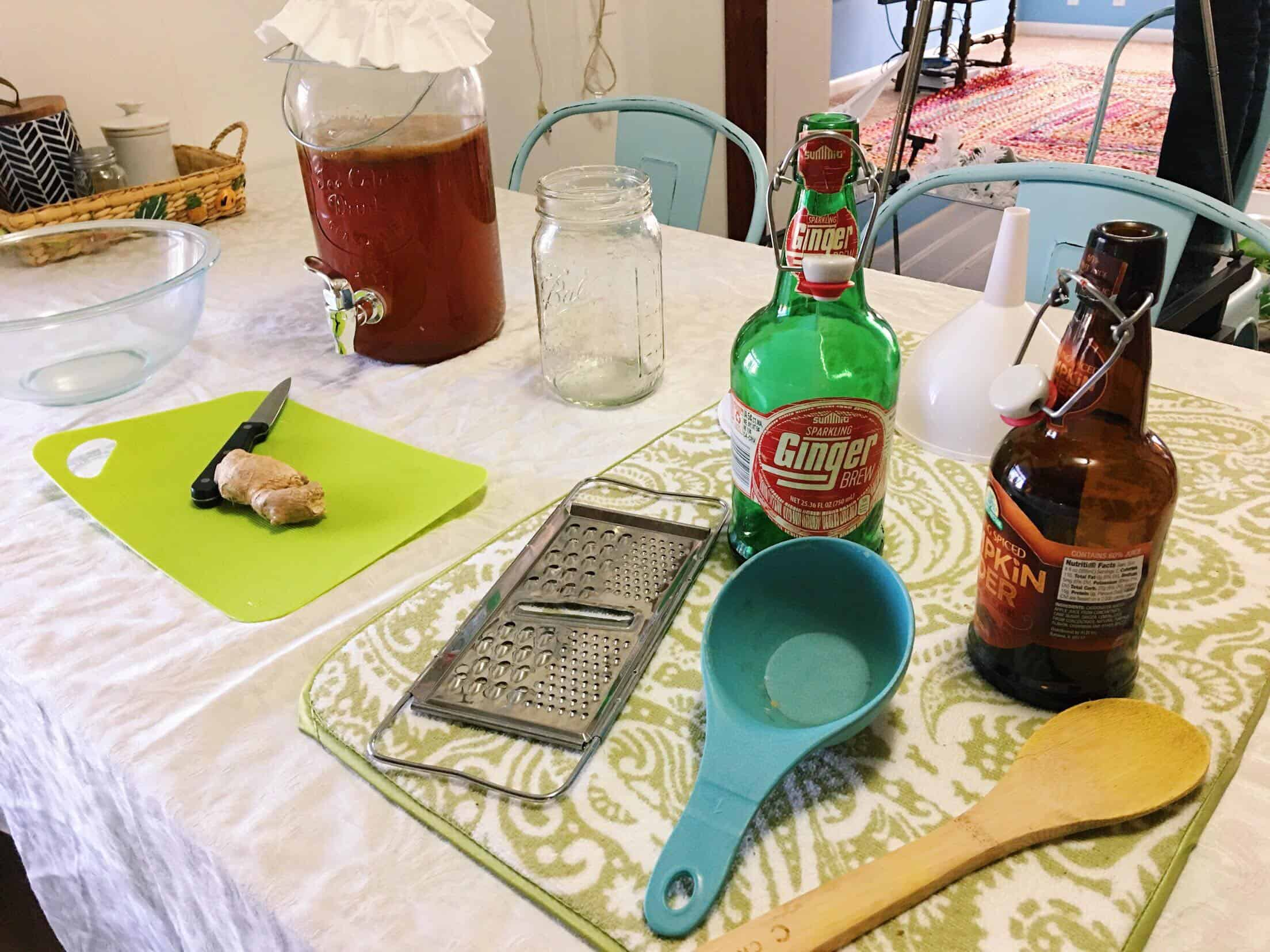 How to Make Fizzy  Kombucha with Ginger